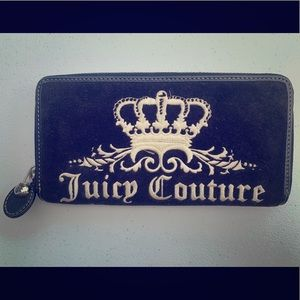Juicy Couture black velvet wallet! Like new!